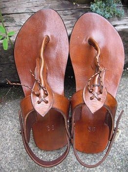 leather sandal1.jpg