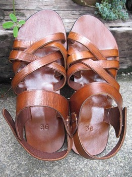 leather sandal3.jpg