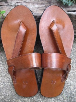 leather sandal4.jpg